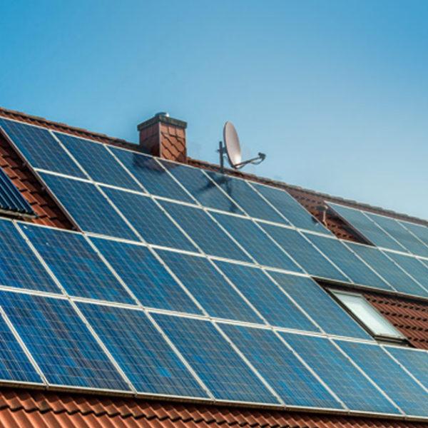 Aurinkopaneelit kotiisi