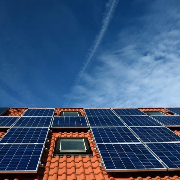 aurinkopaneelin tuotto